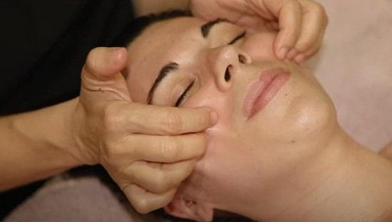 como hacer masaje kobido